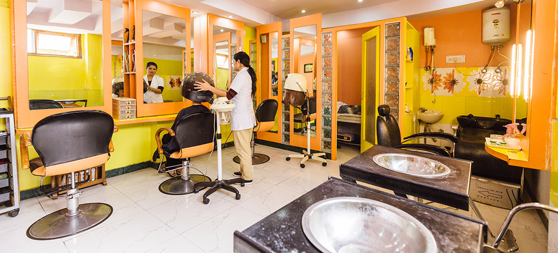 Grooming services at hotel in shimla